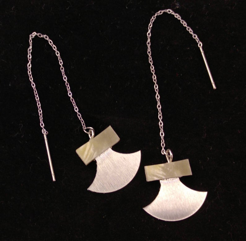Ulu Tassle Chain Earrings