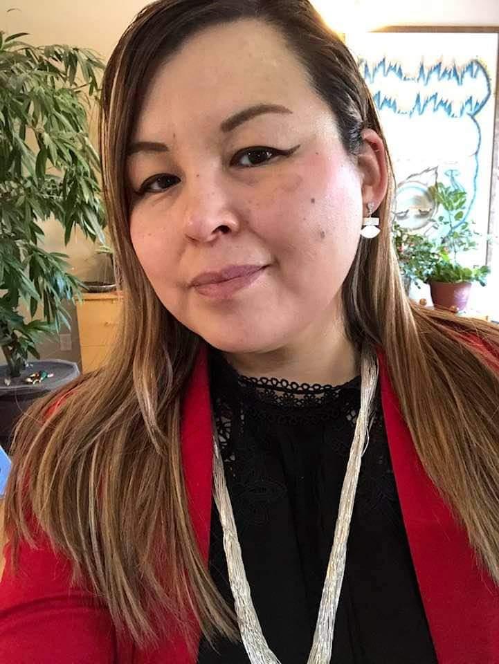 Beautiful Cousin Shirley with Ulu Earrings